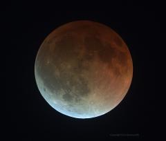 Eclipse_near_end_041514